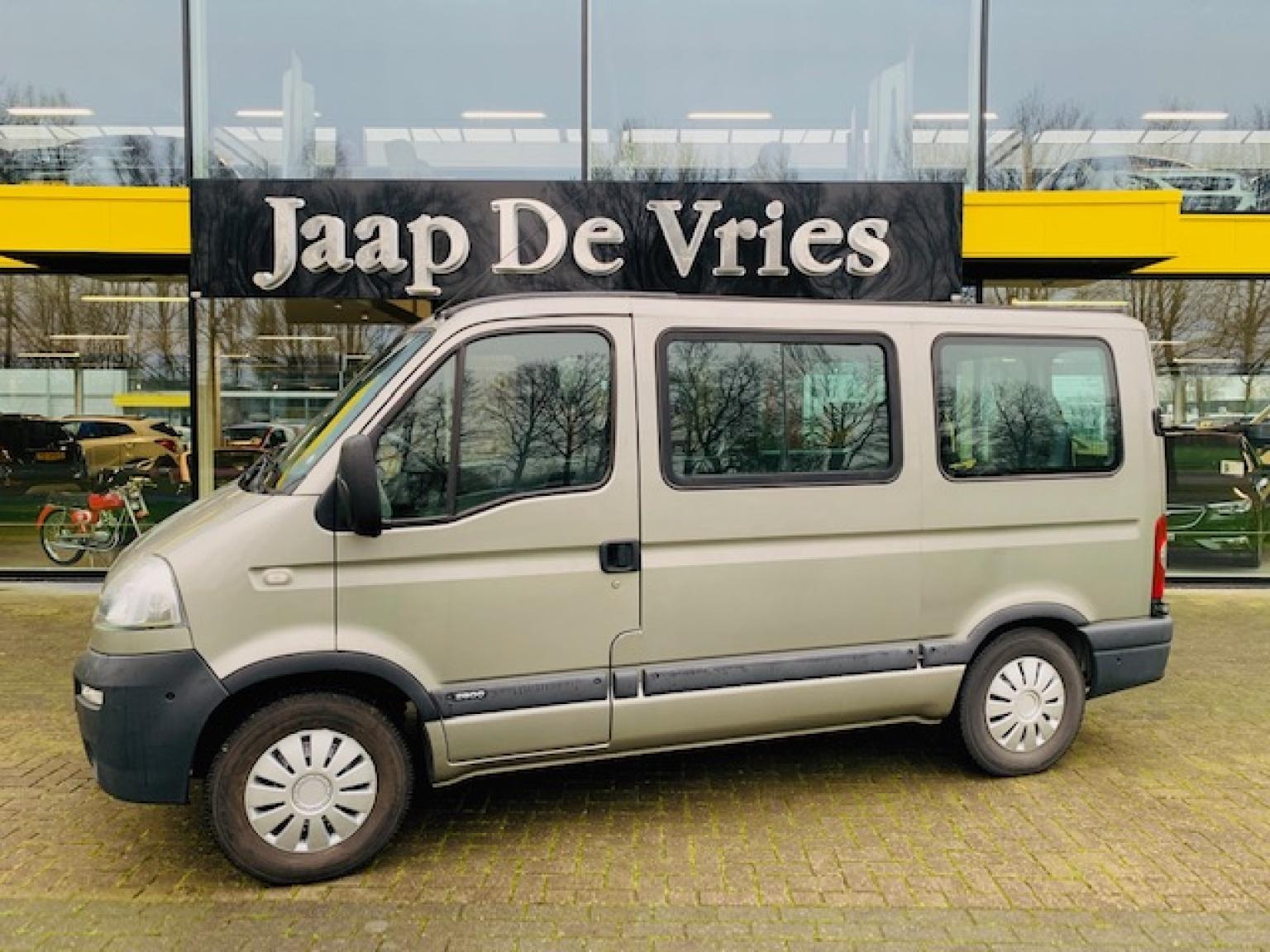 Opel-Movano-1
